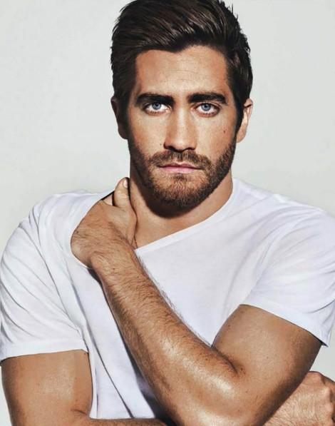Jake-Gyllenhaal-GQ-Australia-November-2013-02-934x1187
