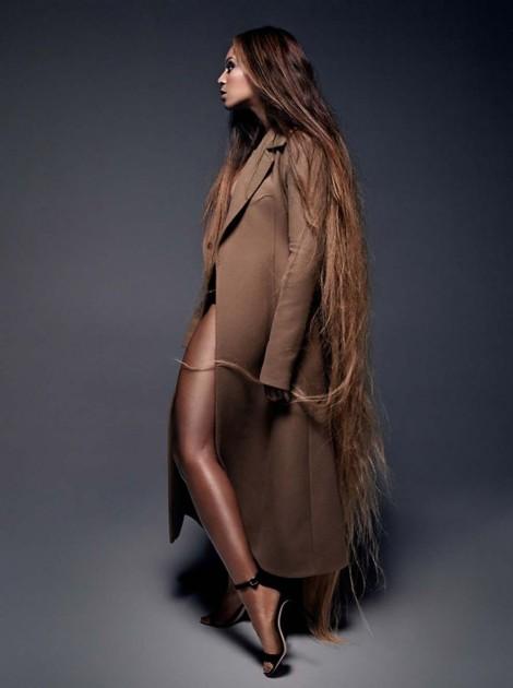 Beyonce-Pierre-CR-Fashion-Book-Debusschere-07-934x1253